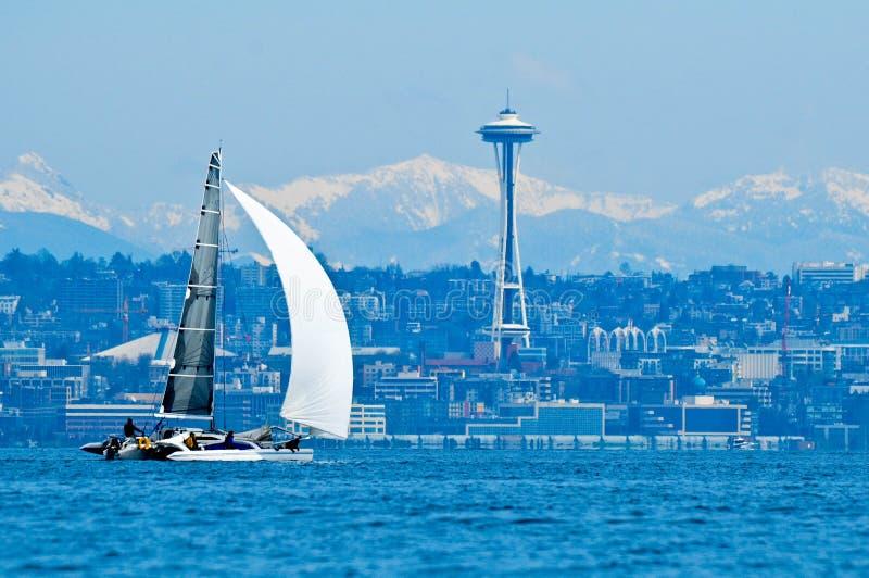 赛跑在埃利奥特海湾的风船 免版税库存图片