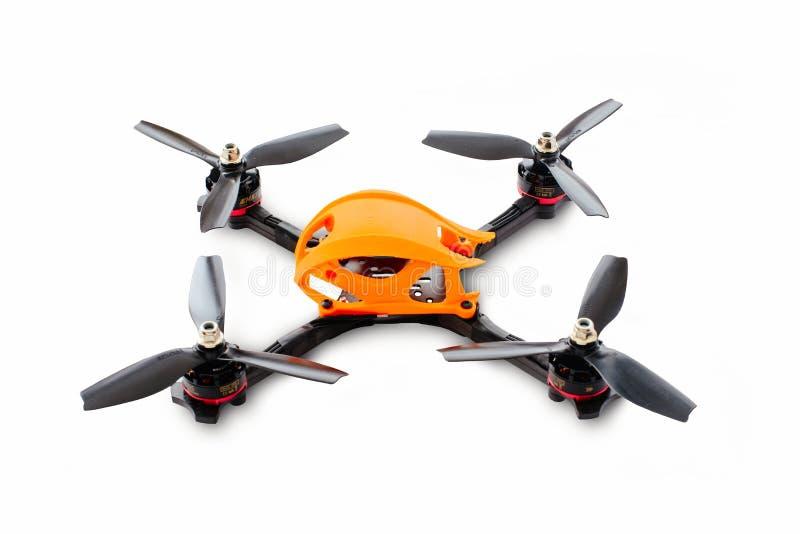 赛跑的寄生虫汇编的起点 一辆无人空中车的耐久的框架,由碳纤维和3d打印制成, iso 库存照片