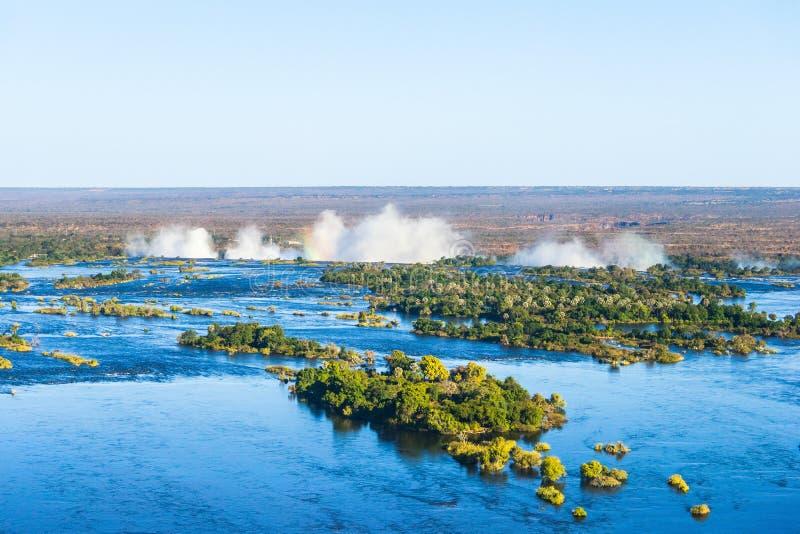 赞比西河和维多利亚瀑布,从直升机的看法 免版税库存图片