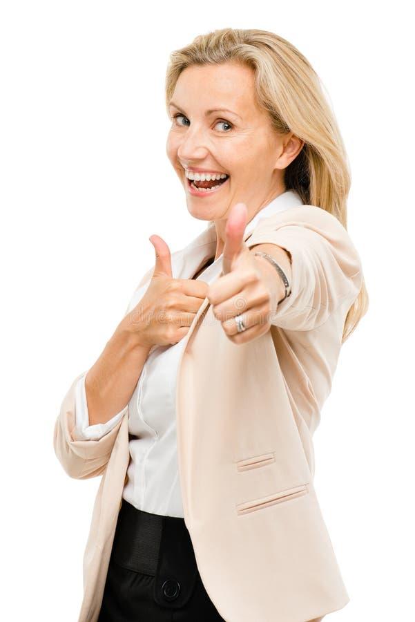 给赞许标志的成熟妇女隔绝在白色背景 免版税库存图片