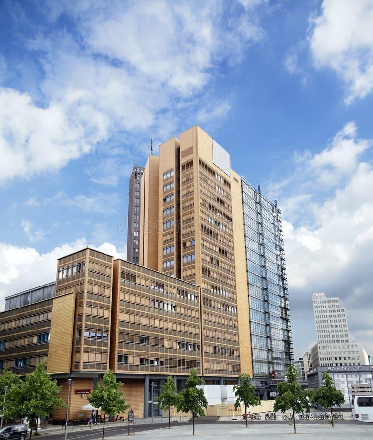 赤土陶器大厦在波茨坦广场 免版税库存照片