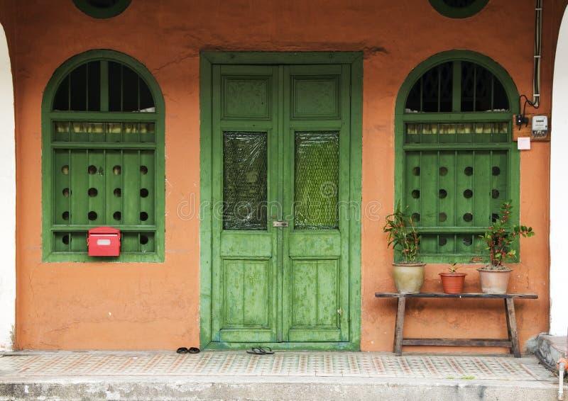 赤土陶器房子,槟榔岛,马来西亚 图库摄影