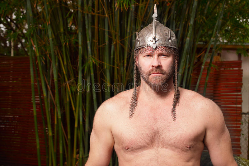 赤裸上身的战士 免版税库存照片