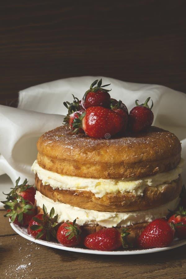 赤裸蛋糕 库存照片