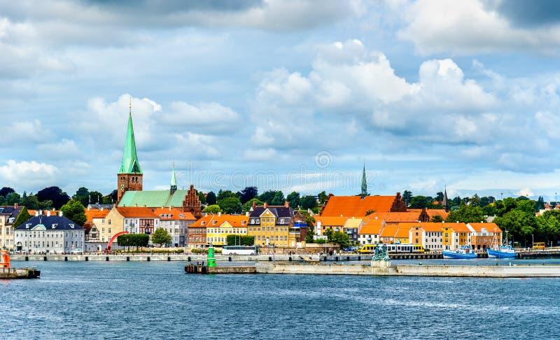 赫尔新哥或Elsinore看法从厄勒海峡海峡-丹麦 库存照片