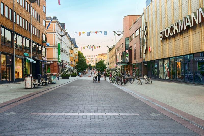 赫尔辛基中部街道和大商店,Stockmann 免版税图库摄影