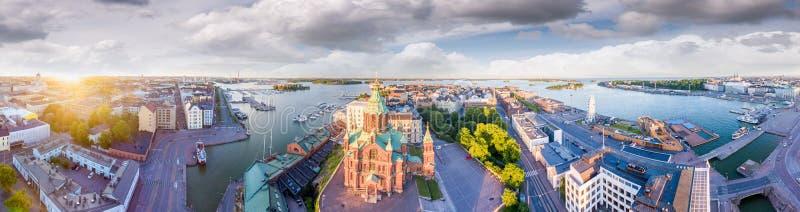 赫尔辛基,芬兰鸟瞰图黄昏的 免版税库存照片