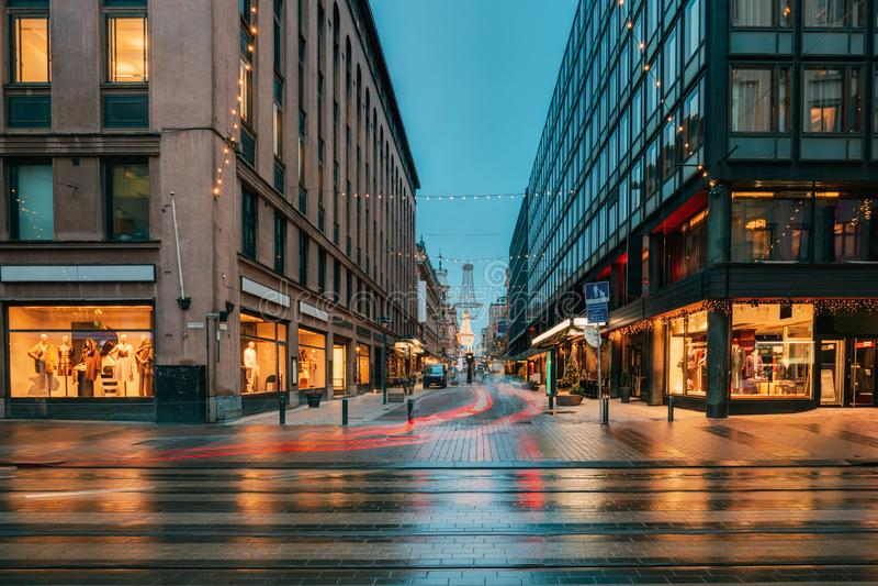 赫尔辛基,芬兰 新年点燃Xmas的圣诞装饰 库存图片