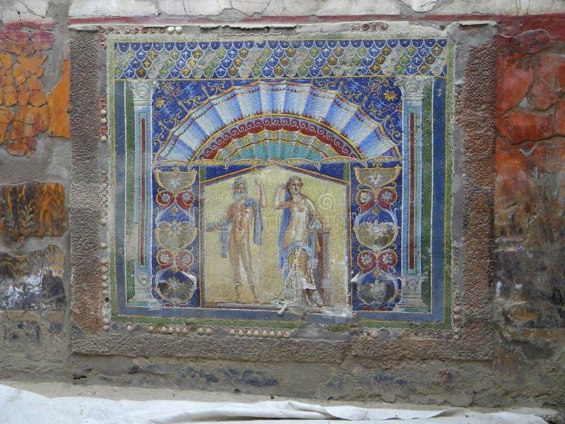 赫库兰尼姆,意大利大理石别墅五颜六色的墙壁壁画 免版税库存图片
