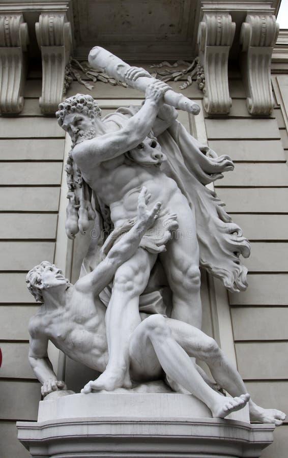 赫拉克勒斯和Busiris雕象  免版税库存图片
