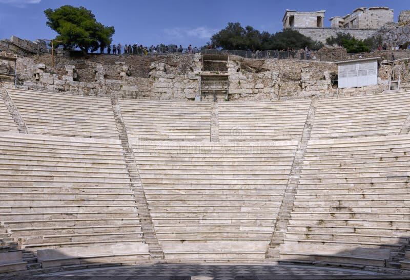 赫罗狄斯・阿提库斯或Herodeon Odeon的内部看法  这是位于西南倾斜的一个石剧院结构  免版税库存图片