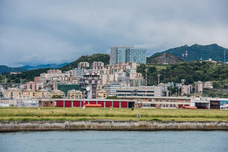 赫诺瓦海岸线和海滩, Sestri Ponente 免版税库存照片