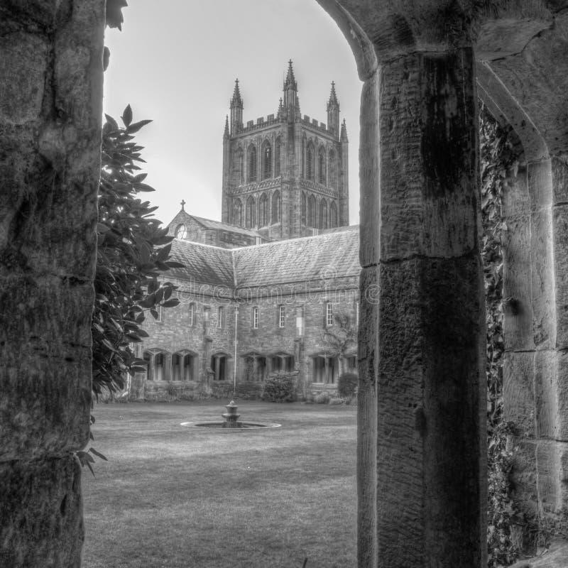 赫里福德从庭院HDR的大教堂视图 库存图片