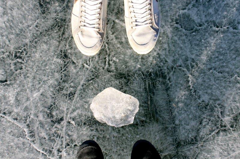 走在冰 免版税库存图片