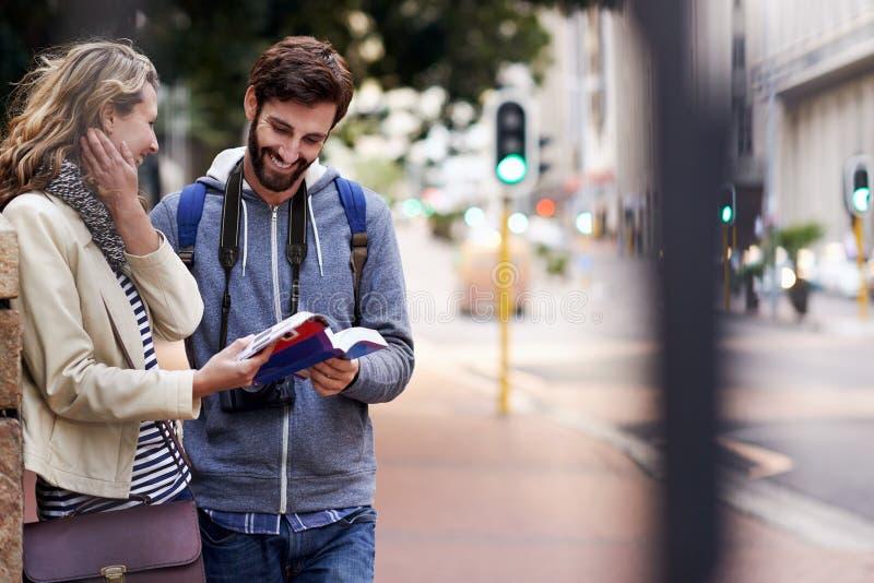 走的城市游览 免版税图库摄影