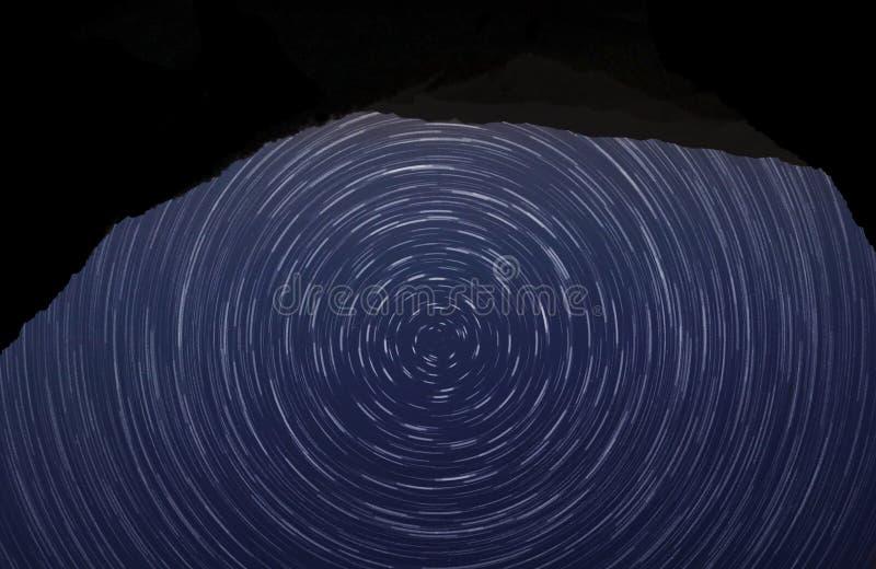 起波纹的繁星之夜 免版税库存照片