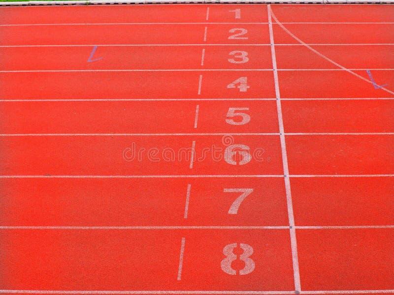 起点和终点线在体育场内