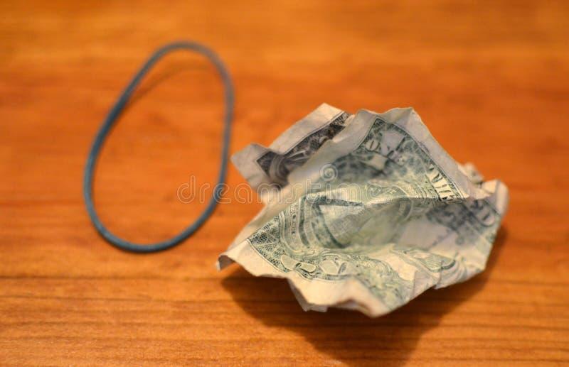 起皱纹的票据美元 美国一美金背景 金钱纹理笔记设计 库存图片