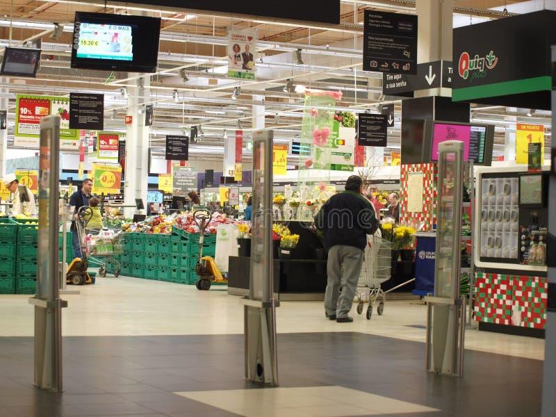 超级市场购物入口 免版税库存照片