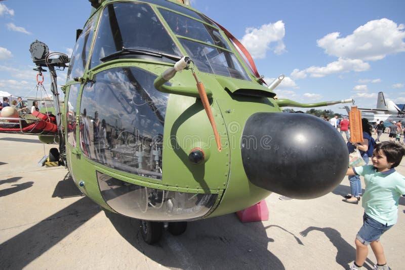 超级美洲狮直升机 免版税库存照片