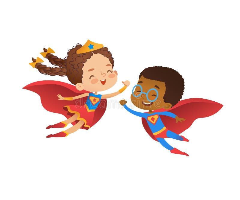 超级英雄朋友字符服装例证 快乐的非洲男孩和欧洲白种人女孩穿滑稽的服装为 向量例证