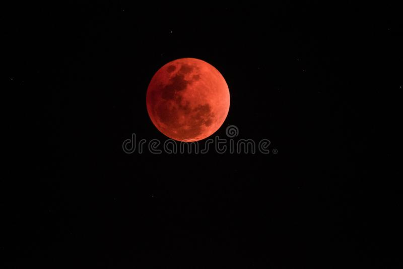超级血液月亮在夜2018年1月31日, 库存照片