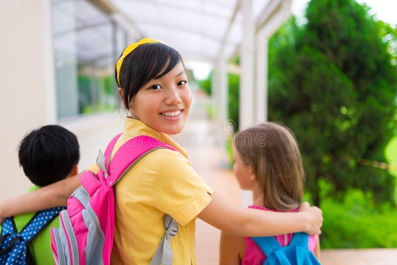越南女小学生 库存图片