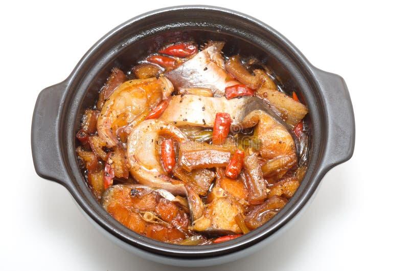 越南鱼在焦糖调味汁煨了 库存图片