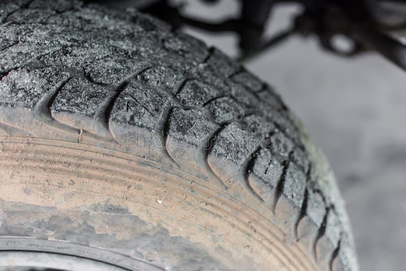 越野提取的轮子 免版税库存图片