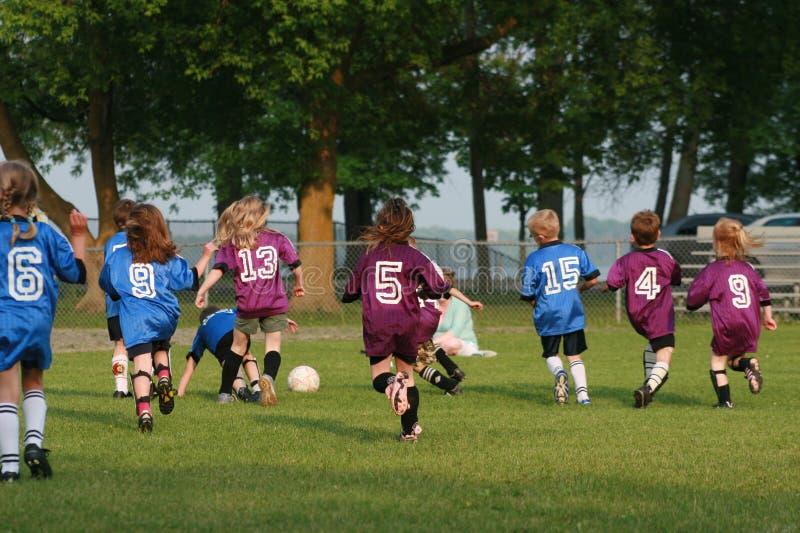 足球小组年轻人 免版税图库摄影