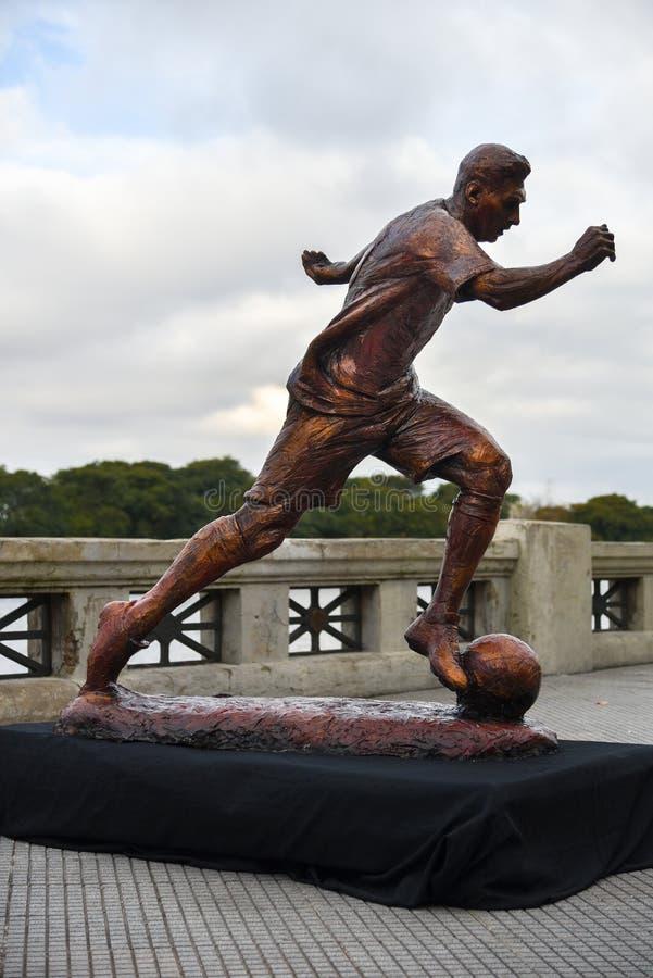 足球明星利昂内尔・梅西的雕塑 免版税图库摄影