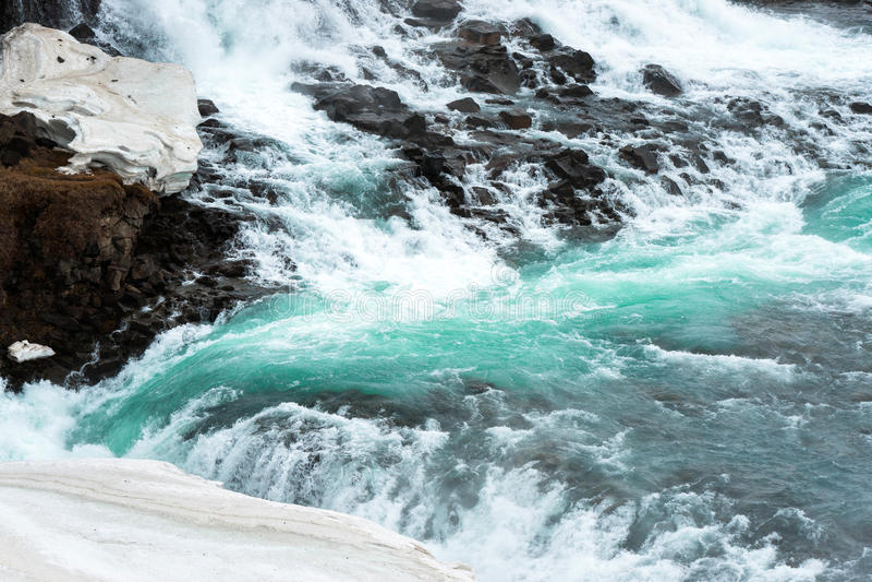 跑在小河下的冷水 库存图片
