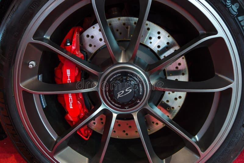 跑车保时捷991/911 GT3 RS的前闸系统, 2017年 图库摄影