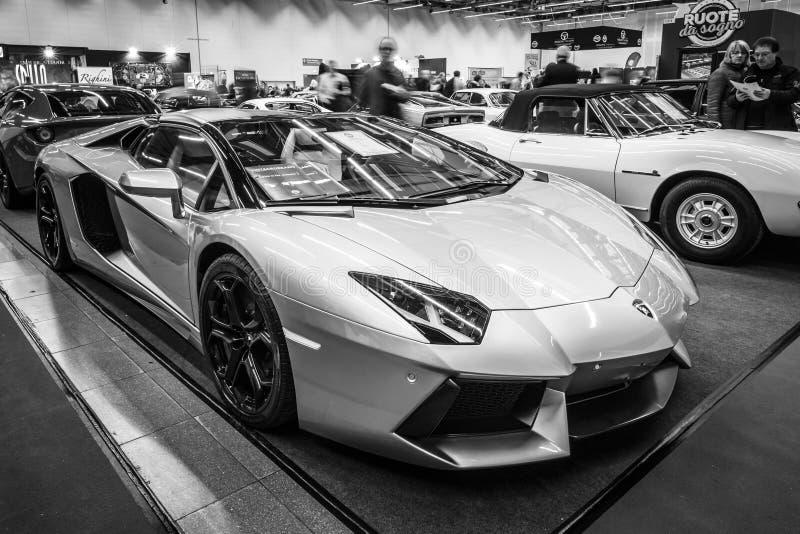 跑车Lamborghini Aventador LP 700-4, 2014年 库存图片