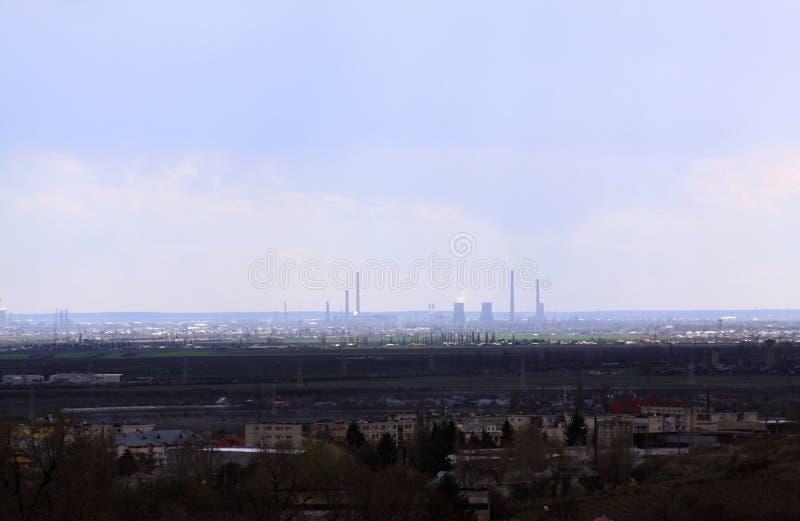 从距离看见的油rafinery 库存图片