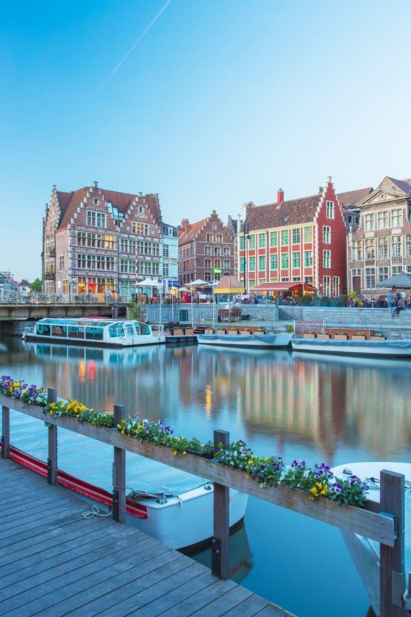 跟特镇在比利时 免版税库存图片
