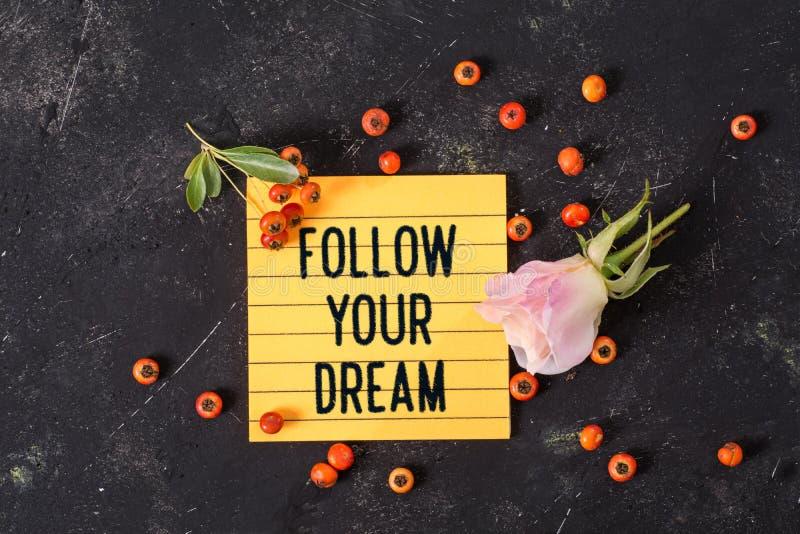 跟随您的在备忘录的梦想文本 免版税库存照片
