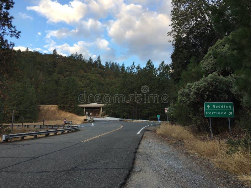 跨境5的农村上线管道在加利福尼亚 免版税图库摄影