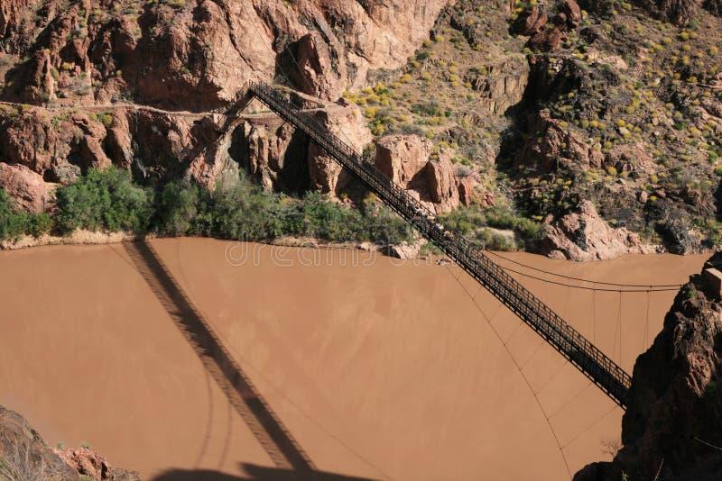 跨接全部的峡谷 免版税库存照片