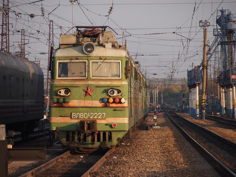 跨西伯利亚火车引擎 免版税库存图片