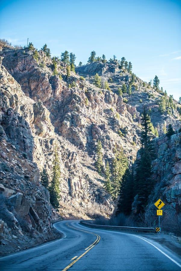 路低谷落矶山在科罗拉多美国 免版税库存照片