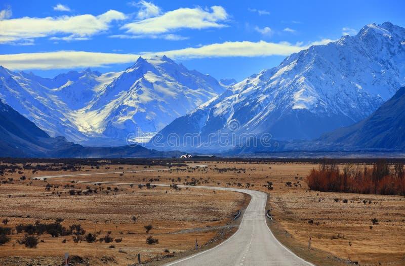 路向库克山,新西兰 库存图片