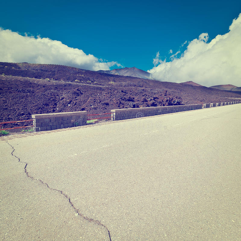 路向Etna 图库摄影
