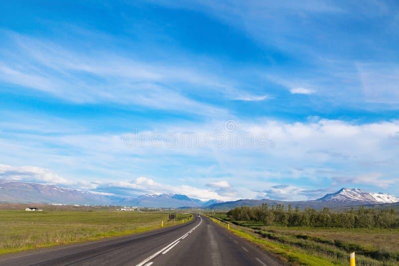 路在冰岛 免版税库存图片