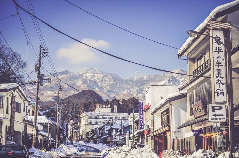 路在日光国立公园的日光镇,日本 免版税图库摄影