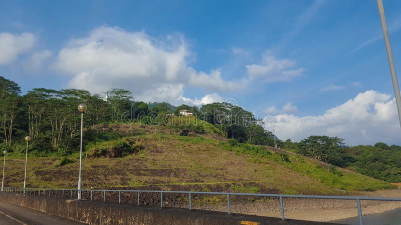路在Gampola,斯里兰卡 免版税库存图片