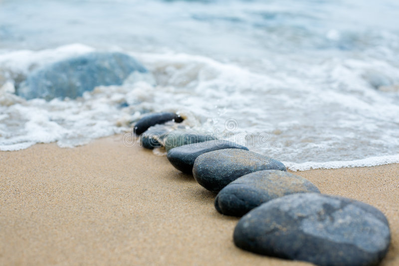路径小卵石海运 库存例证