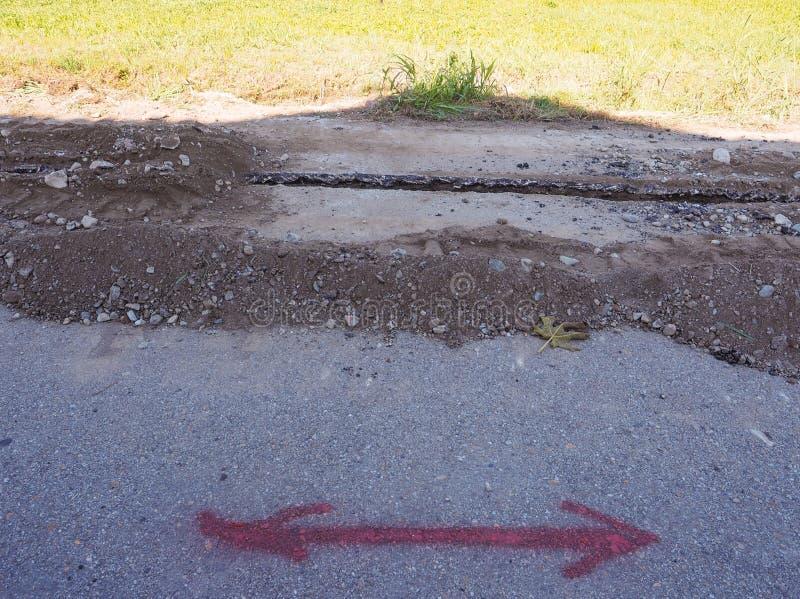 路挖掘为光纤运作 库存照片