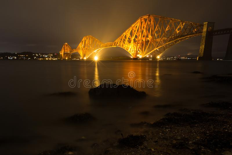 路桥梁在晚上 免版税图库摄影