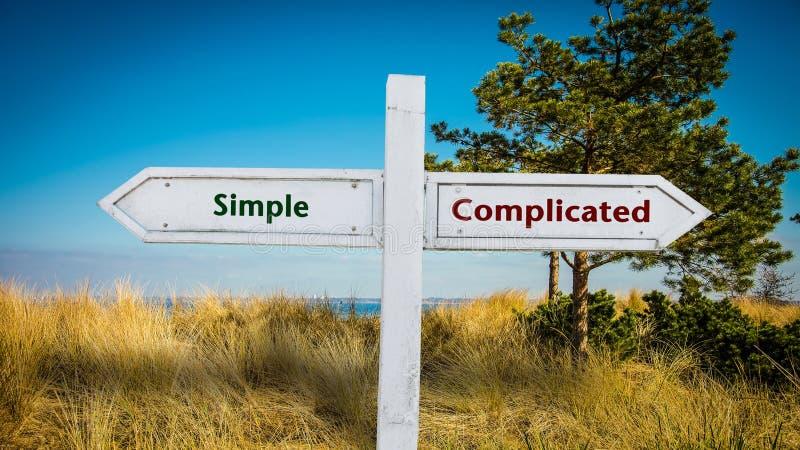 路牌简单对复杂化 皇族释放例证